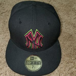 New Era Yankees Hat 7 1/4
